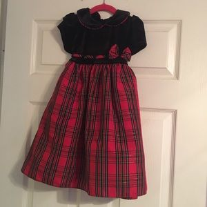Red and black plaid dress 4t